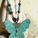 Anna (nyaklánc), Varázslatos óriás lepke medál,bronz színű al...