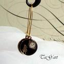 Alice (fülbevaló), Ékszer, Fülbevaló, Lógós fülbevaló fekete zománcozott medállal, melyen Alice látható s az Óra. Arany színű k..., Meska