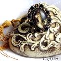 Angyal  /gyűrű/, Ékszer, óra, Ruha, divat, cipő, Gyűrű, Ékszerkészítés, Decoupage, transzfer és szalvétatechnika,  Bronz színű üveglencsés gyűrű. Körben kristályokkal díszítettem, a lencse alatt festmény részlet n..., Meska