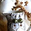 Egres fülbevaló, Zöld amorf gyöngy, réz filigrán kupakok, apró...