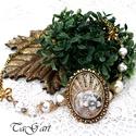Aranyló álom ... nyaklánc, Ékszer, Különleges, füstös arany nyakék, gyöngyökkel és sok kristállyal. A lánc 45-50cm. A medál ..., Meska