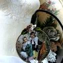 Havazik   (dísz), Dekoráció, Otthon, lakberendezés, Ünnepi dekoráció, Karácsonyi, adventi apróságok, 10 cm átmérőjű vintage gömb, merletto technikával, virágokkal, kristályokkal, elején édes ..., Meska