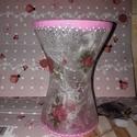 Rózsaszín váza, Dekoráció, Otthon, lakberendezés, Esküvő, Kaspó, virágtartó, váza, korsó, cserép, Decoupage, transzfer és szalvétatechnika, Üvegművészet, Rizspapírral díszíttet üveg váza! A vázát vásároltam és utána díszítettem! Befejező lakkal lett fel..., Meska