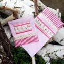 Játék- kislányoknak kiságyba babatakaró párnával  készleten, Baba-mama-gyerek, Játék, Otthon, lakberendezés, Baba, babaház, Ez a babatakaró párnával, kislányoknak készült játék-kiságyba. A takaró természetes textilekből kész..., Meska