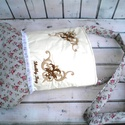 Elle, romantikus rózsás, hímzett táska, válltáska női táska, Táska, Válltáska, oldaltáska, Szatyor, Gépi hímzéssel készült art deco mintával, bordó rózsás táska. Három rétegű vatelinnel bélelt belső b..., Meska