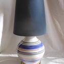 Kerámia lámpa-csíkos, Dekoráció, Otthon, lakberendezés, Lámpa, Hangulatlámpa, Kerámia, Vörös agyagból korongozott kerámia lámpa búrával.  Kézzel korongozott és mázazott lámpatest,csíkos ..., Meska