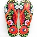 Matyó flip flop papucs 35/36-os méret, Magyar motívumokkal, Ruha, divat, cipő, Cipő, papucs, Mindenmás, Matyó mintás flip flop papucs, aminek sajátossága, hogy a talpra (piros-fehér-zöld) színű. A flip f..., Meska