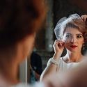 Gatsby stílusú menyasszonyi francia fátyol, Esküvő, Hajdísz, ruhadísz, Mindenmás, A francia fátyol kalitkafátyol tüllből készült, és egyedi kristályok (holdkő és hegyi kristály, ill..., Meska