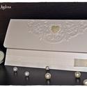 """""""Fehér elegancia"""" Pénzátadó lap esküvőre, születésnapra, ballagásra, keresztelőre/ Esküvői meghívó, Esküvő, Naptár, képeslap, album, Meghívó, ültetőkártya, köszönőajándék, Nászajándék, Papírművészet, """"Fehér elegancia"""" Pénzátadó lapot készítettem gyöngyház fehér papírból, formára vágott csipke díszí..., Meska"""