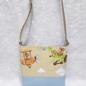 Kutyusos mini táska, Baba-mama-gyerek, Táska, Válltáska, oldaltáska, Varrás, Gyerekmintás pamutvászonból készült ez a mini táska. Felül egy műanyag patenttal záródik. Heveder p..., Meska