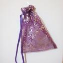 Rendelhető lila organza karácsonyi dísztasak, Mindenmás, Dekoráció, Varrás, A képen látható lila organza karácsonyi dísztasak  szaténszalaggal 19x26 cm-es. Bármilyen méretben ..., Meska