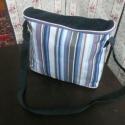 Kékcsíkos kék táska, Táska, Válltáska, oldaltáska, Varrás,   Mintás vászonból és egyszínű kordbársonyból készült válltáska, keresztbe vetve is hordható. Belül..., Meska
