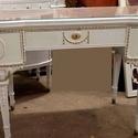 Vintage asztal., Bútor, Otthon, lakberendezés, Asztal, Egy antik asztal és egy szék eladó. A táblázat mérete: szélesség 55 cm, hossza 102 cm, magas..., Meska