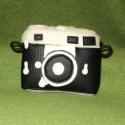 """Fényképezőgép \""""Szandra23\""""-nak rendelésre, Ez a kis fényképezőgép rendelésre készült e..."""