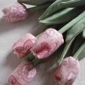 Tavaszváró  tulipáncsokor, Dekoráció, Húsvéti díszek, Szerelmeseknek, Csokor, Varrás, Textilből készült tulipán a szára hurkapálca a fejrész műszálas töltettel készült tetején gyönggyel..., Meska
