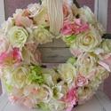 Rózsakoszorú a nyár színeiben, Dekoráció, Otthon, lakberendezés, Ajtódísz, kopogtató, Koszorú, Virágkötés, A rózsaszín többféle árnyalatával készítettem habrózsákból,liliomokból,szegfűből és hortenziából ez..., Meska