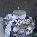 Natúr karácsonyi asztaldísz, Otthon, lakberendezés, Karácsonyi, adventi apróságok, Asztaldísz, Karácsonyi dekoráció, Virágkötés, Szalma-toboz alapra készült asztaldísz.Díszítettem gyertyával,tobozzal,gyöngyökkel,dekor díszekkel,..., Meska