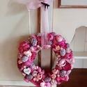 """""""Pink"""" terméskoszorú, ajtódísz, Szalma alapra,pink,rózsaszín,lila termésekből,..."""