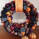 Halloween kopogtató,koszorú, Szalma alapra készítettem a koszorút tobozok,te...