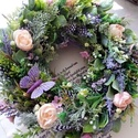 Tavaszváró virágkoszorú, Ezt a kedves tavaszi koszorút sok zöld,toll és ...