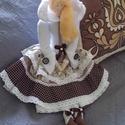 Kisasszony télies ruhában textil baba, Tilda baba szabásminta alapján, Dekoráció, Otthon, lakberendezés, Dísz, 50 cm magas textil baba. Tilda szabásminta alapján, azt kicsit átdolgozva készítettem, saját elképze..., Meska