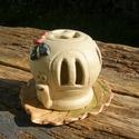 Csiga a kertben. :), Otthon, lakberendezés, Gyertya, mécses, gyertyatartó, Fehérre égő agyagból készítettem ezt a vidám  csigát. Mécsestartó,sötétben szépen vilá..., Meska