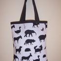 Fekete állat mintás táska , Táska, Baba-mama-gyerek, Szatyor, Válltáska, oldaltáska, Varrás, Fekete állat mintás vastagabb vászonanyagból készítettem ezt a táskát.  Oldalán és alján dupla varr..., Meska