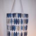 Kék mintás kis táska , Táska, Baba-mama-gyerek, Válltáska, oldaltáska, Szatyor, Varrás, Kék mintás vastagabb vászonanyagból készítettem ezt a táskát.  Oldalán és alján dupla varrással   K..., Meska