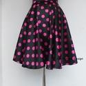Rockabilly Pin Up stílusú pöttyös szoknya fekete., Ruha, divat, cipő, Esküvő, Női ruha, Szoknya, Klasszikus  stílusú  vidám szoknya. Pöttyös Szaténból készült, fekete szatén széles derékpánttal.  K..., Meska