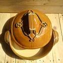 Sütőedény -kerámia, Ezt a sütőedényt samotos agyagból készítette...