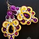 Lila sárga fülbevaló, Ékszer, óra, Fülbevaló, A készítésnél felhasználtam:  - sujtás zsinór ( lila, sárga, fehér ) - csepp alakú kristá..., Meska