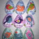 Húsvéti, filc tojás dísz , Dekoráció, Húsvéti díszek, Varrás, Gyönyörűséges, madárka mintás tojás díszt készítettem. Rózsaszín, zöld és világoskék hímzőfonallal ..., Meska