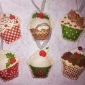 Filc, muffin mintájú karácsonyi dekoráció, dísz , Muffin mintájú karácsonyi dekorációt varrtam ...