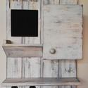 Kulcsszekrény - Home sweet home, Bútor, Otthon, lakberendezés, Mindenmás, Kulcstartó, A  kulcsszekrény-fogas egy eredeti vintage stílusú kiegészítő, jellegzetesen patinázott, hogy vintag..., Meska