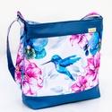 Kolibris, virágos oldaltáska - vízálló, Kék textilbőrből és mintás vízhatlan poliés...