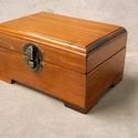 Fa ékszeres  doboz, Fenyőfából készült kisebb ékszerdoboz, dísz...