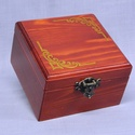 zenélő doboz, Fenyő fából gondos megmunkálással készített...