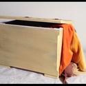 Doboz, l?da natúr, Bútor, Otthon, lakberendezés, Baba-mama-gyerek, Tárolóeszköz, Famegmunkálás, Festett tárgyak,   Fából készült kézműves láda rendelhető több színben! Ládáinkat egyedileg készítjük, olyanra, amil..., Meska