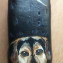 Kedvenc állatkád, Dekoráció, Játék, Ezt a kutyust, már gazdija simogatja! Kavicsra kézzel festettem, lakkoztam. méretük:5-10 cm, kis..., Meska