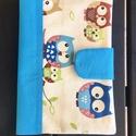 Kék baglyos - Egészségügyi kiskönyv borító, Baba-mama-gyerek, Táska, Pénztárca, tok, tárca, Praktikus borító amely megvédi a gyermekünk oltási könyvét a szamárfülesedéstől a koszolódástól és a..., Meska