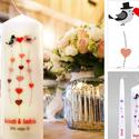 Esküvői gyertya, Képzőművészet, Dekoráció, Grafika, Ünnepi dekoráció, Gyertya-, mécseskészítés, Vidám, fiatalos, esküvői gyertya szett. A motívum egy szerelmes madár pár, sok-sok színes rajzolt é..., Meska