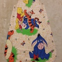 Micimackós hálózsák, Baba-mama-gyerek, Baba-mama kellék, Varrás, A 6-12 hónapos babáknak való kedvelt mesefigurás hálózsák (mellbősége 32 cm, hossza 75 cm) 100% pam..., Meska