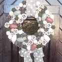 Natúr, húsvéti ajtódísz, kopogtató, Dekoráció, Otthon, lakberendezés, Ünnepi dekoráció, Ajtódísz, kopogtató, Mindenmás, Virágkötés, Saját készítésű alapot juta szalaggal vontam be, majd termésekkel, zsenília golyókkal, fa tojásokka..., Meska