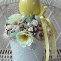 Húsvéti dísz vödörben pöttyös tojással, Dekoráció, Húsvéti díszek, Otthon, lakberendezés, Asztaldísz, Mindenmás, Virágkötés, Fém vödröt oázissal töltöttem ki, majd termésekkel,gyönggyel, virágokkal díszítettem. A búb tetejér..., Meska