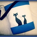 SZIA CICUS! FEHÉR-KÉK-FEKETE, Táska, Tarisznya, Válltáska, oldaltáska, Fehér -kék-fekete színű textilbőr kombinációjával készítettem ezt a kényelmes és praktik..., Meska