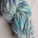 Babakék  -kézzel festett és font gyapjúfonal-, 100 % merinói gyapjú kézzel font vékony-vastag...
