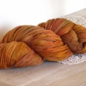 Őszi avar - kézzel festett gyapjú csipkefonal, 100 % merinói gyapjú , amely hazai gyapjúfonó ...