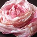 Púder selyemkendő, 150x40 cm-es  hernyóselyem  anyagra festettem ezt...