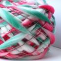 Rózsabors -kézzel festett és font gyapjúfonal , 100 % merinói gyapjú kézzel font vékony-vastag...