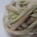 Moha-kézzel festett és font gyapjúfonal , Képzőművészet, Textil, 100 % merinói gyapjú kézzel font vékony-vastag fonal .Finom puhaság .:)   Különleges fonási techniká..., Meska